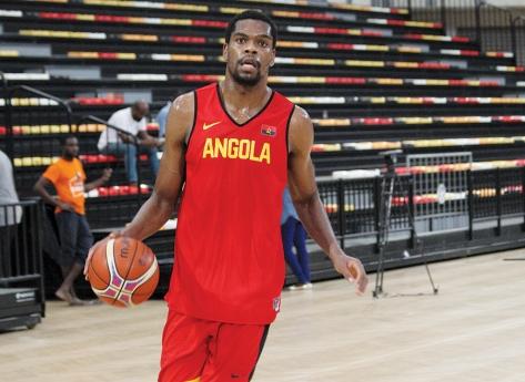 Acto de Indisciplina poderá estar no afastamento de Yanick Moreira do Afrobasket 2021