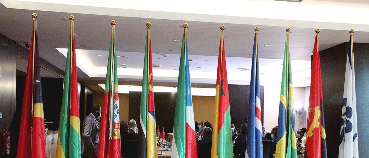 CPLP assina acordo para Facilitar Mobilidade dos seus Cidadãos