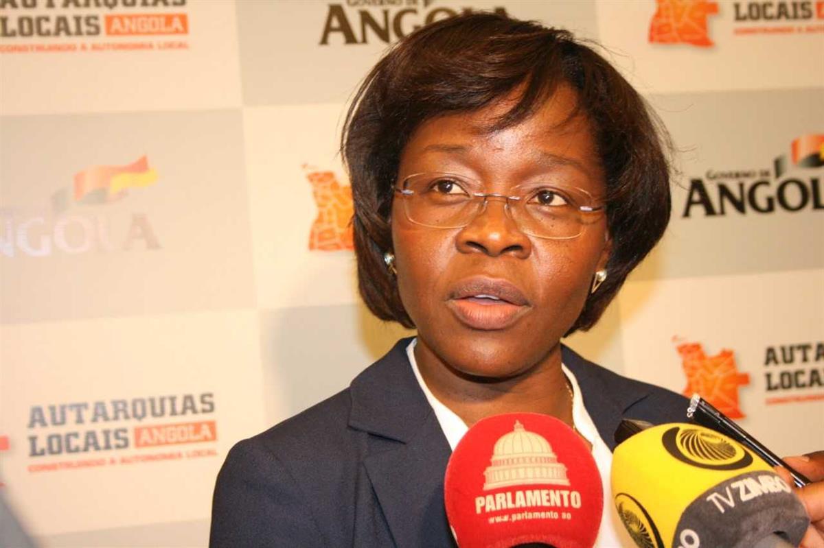 Laurinda Jacinto Cardoso é a nova juíza presidente do Tribunal Constitucional