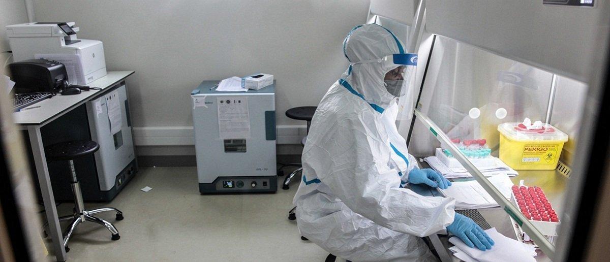 França vai doar 10 milhões de vacinas a África