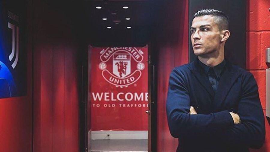 Manchester United anuncia regresso de Ronaldo