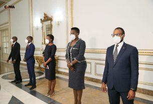 Presidente da República empossa novos membros do Executivo