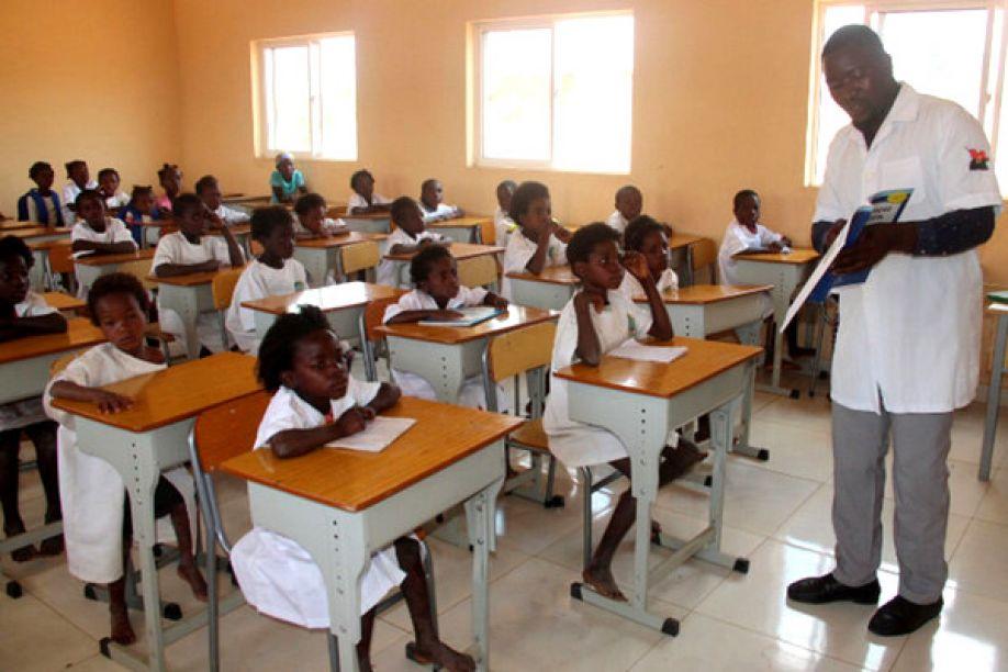 Ministério da Educação vai levar processos contra professores que tem salários mas não dão aulas