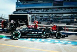 Bottas comanda 1-2 da Mercedes e Verstappen fecha top-3 em treino livre 1 na Rússia