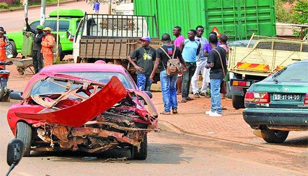 Acidentes de viação matam três pessoas em Luanda