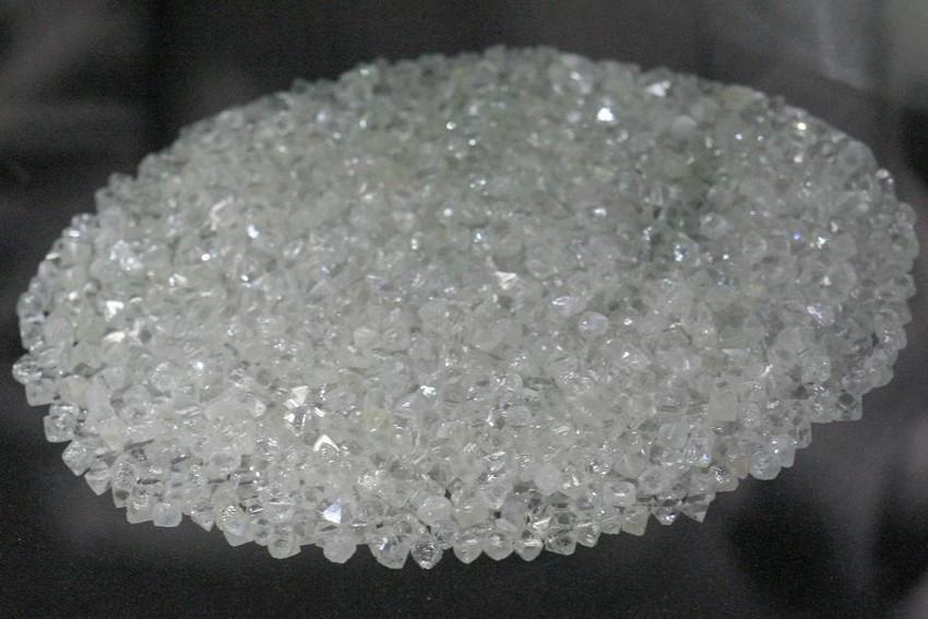 SIC detém cidadão guinense por tráfico de diamantes