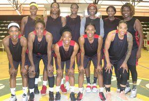 Selecção femenina de basquetebol a caminho de Yaoundé