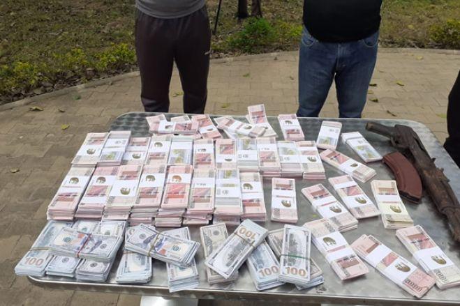 Polícia frusta introdução de notas falsas no circuito financeiro